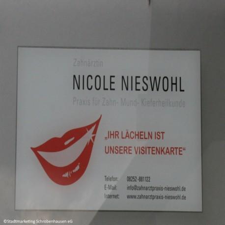Zahnärztin Nicole Nieswohl